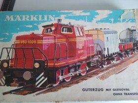 Märklinset 3264 met rangeer loc V60 wagons rails